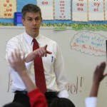 Education Secretary Arne Duncan Visits Bay Area To Discuss Stimulus Funds