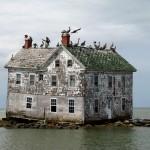 The_last_house_on_Holland_Island_baldeaglebluff_Flickr